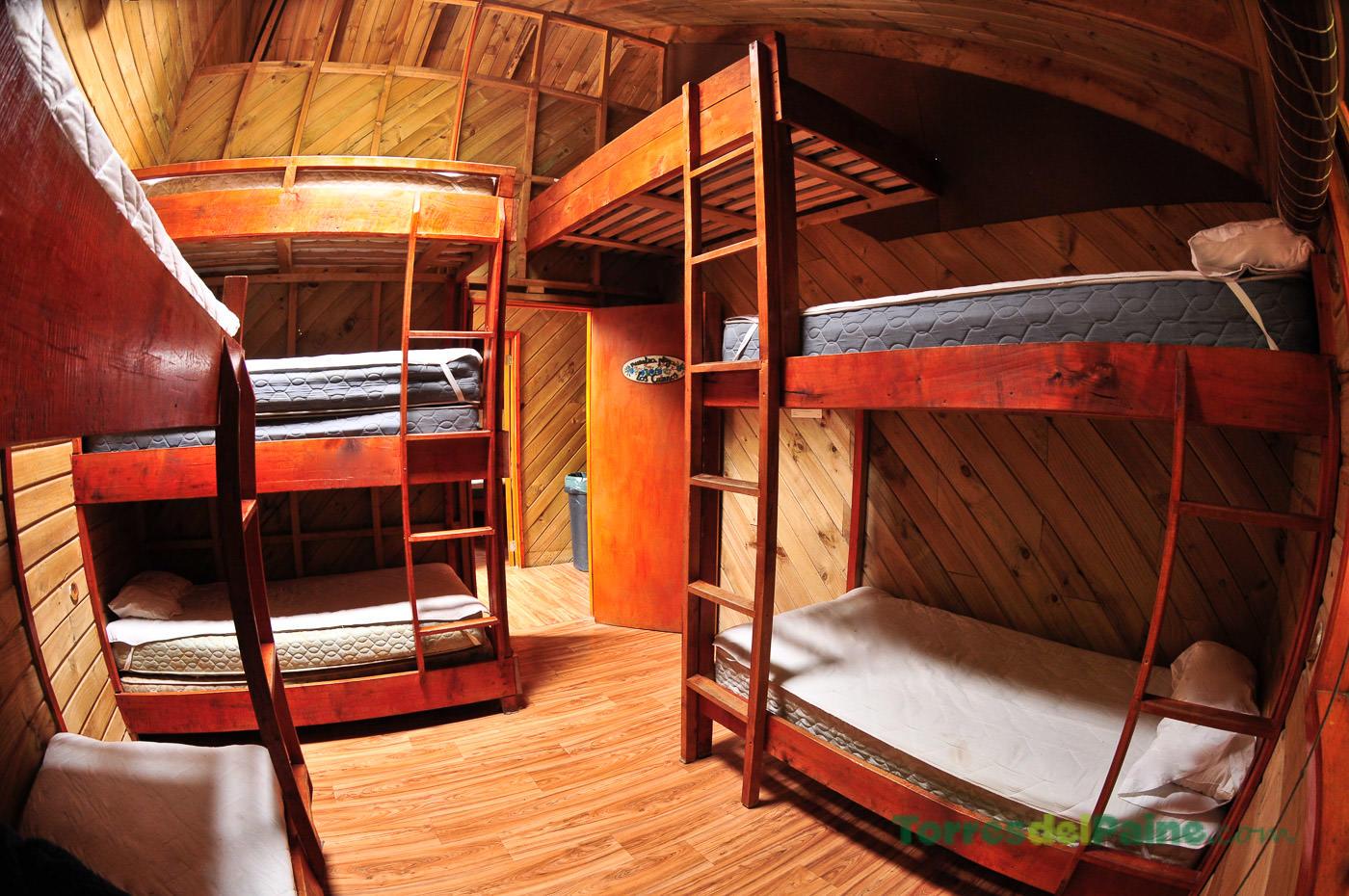 Refugio y camping el chileno torresdelpaine - Refugios y parasoles camping ...